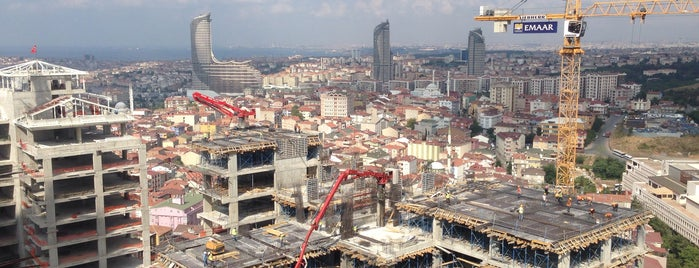 Emaar Square Şantiyesi is one of mer 님이 좋아한 장소.