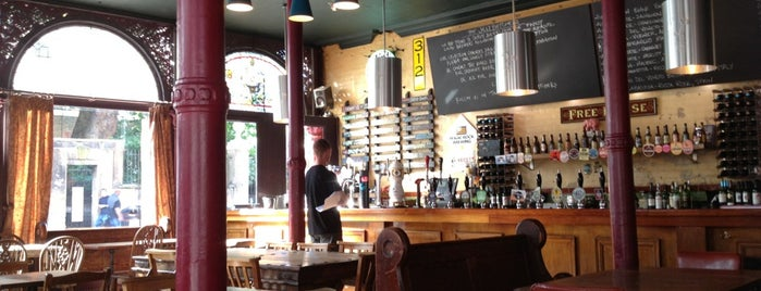Jolly Butchers is one of Craft Beer London.