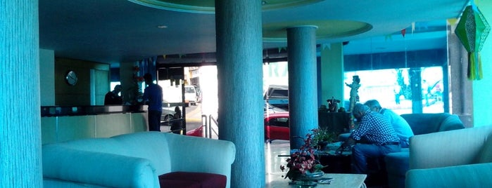 Hotel Serrano is one of สถานที่ที่บันทึกไว้ของ Alexander.