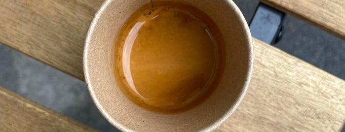 Lion Coffee is one of Irina'nın Kaydettiği Mekanlar.