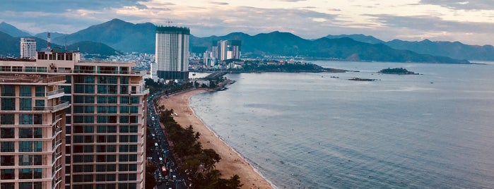 Sheraton Nha Trang is one of Shelomentsevさんのお気に入りスポット.