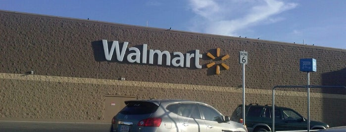 Walmart Supercenter is one of Carlos 님이 좋아한 장소.