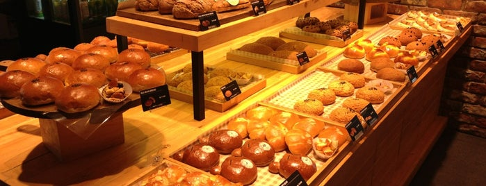TOUS les JOURS is one of 1 day grand indo, thamrin.