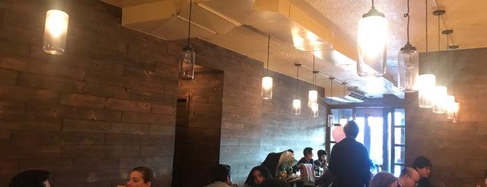 Zurutto Ramen & Gyoza Bar is one of Lugares favoritos de Erica.