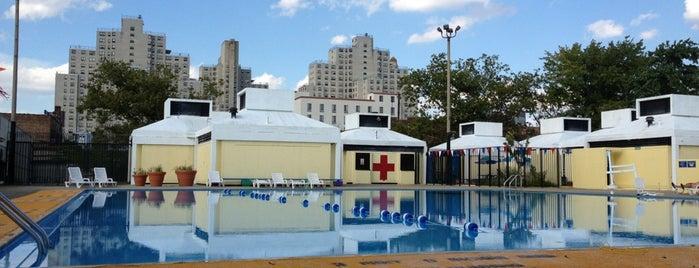 Douglass & Degraw Pool is one of Orte, die Afi gefallen.