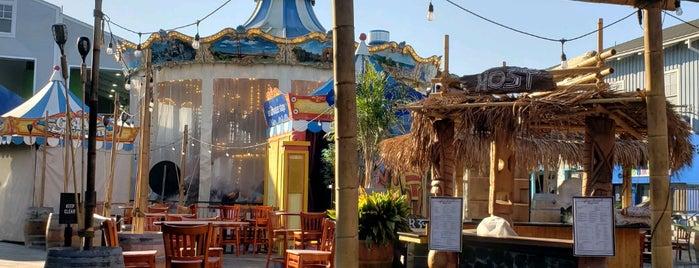 Luau Lounge Tiki Bar is one of SF Date Ideas.