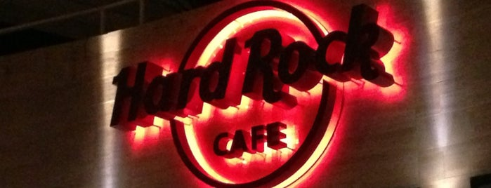 Hard Rock Cafe Mallorca is one of Palma4sq.