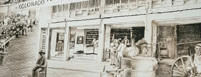 Colorado Supermercado is one of Tempat yang Disukai Mariana.