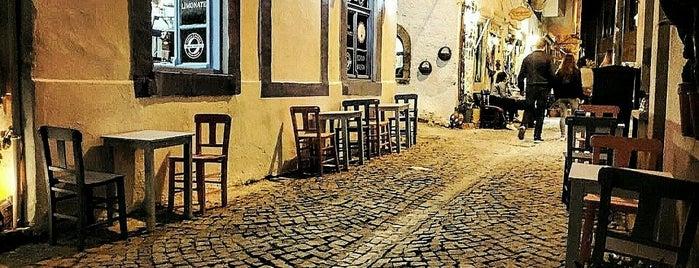 Kahvemin Tadı Alaçatı is one of Locais salvos de Emre.