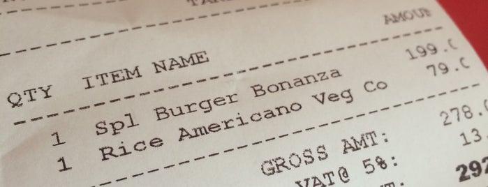 AFC American Fried Chicken is one of Orte, die Wayne gefallen.