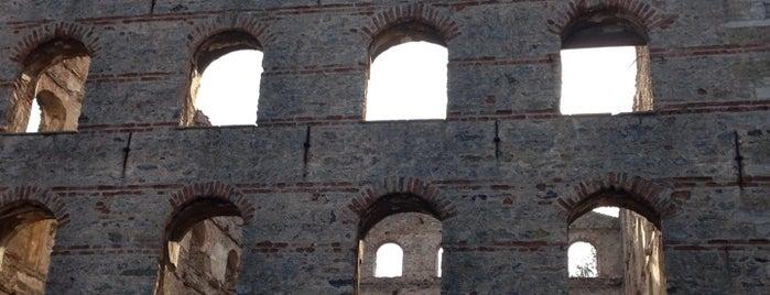 Paşalimanı Caddesi is one of Gökalp'ın Beğendiği Mekanlar.