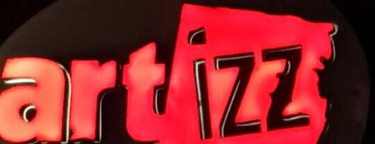 Artizz Cafe is one of Posti che sono piaciuti a Gökhan.