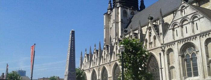 Place de la Chapelle is one of Brüssel.