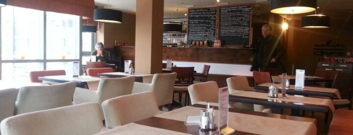 Solier Cafe Étterem, Cukrászda és Kávézó is one of Az ország éléskamrája - VIDÉK.