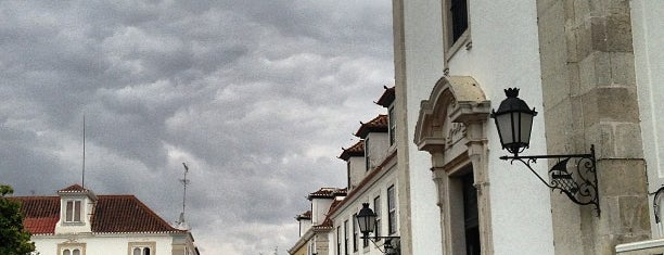Vila Real de Santo António is one of Guía del Algarve.