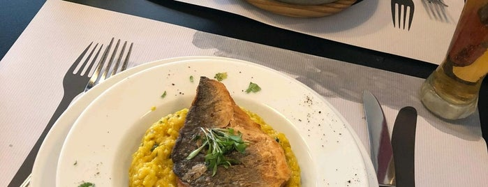 Rosso Mixterranico is one of Restaurante2.