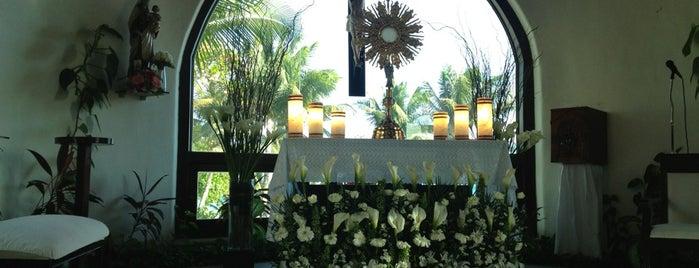 Capilla de Nuestra Señora del Carmen is one of Wedding Hungry Honeymoon.