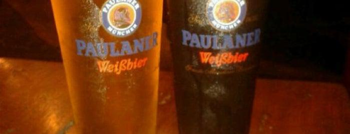 Istmo Brew Pub is one of Panamá.