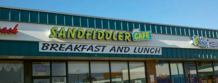 Sandfiddler Cafe is one of Hampton Roads Spots.