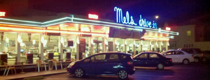 Mel's Drive-In is one of Lugares guardados de O.