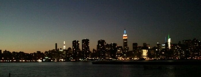 NYC Ferry - Greenpoint Landing is one of Greenpoint!.