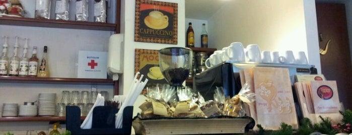 Cocina & Sabor is one of Disfruta Finca Alta.