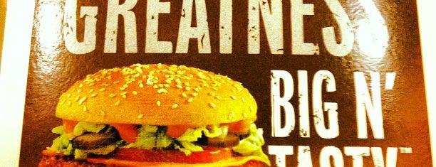 McDonald's is one of Orte, die Francis gefallen.