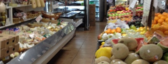 Romeo and Cesare's Gourmet Shoppe is one of Best of New Haven #NHV.