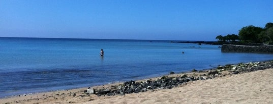 ʻAnaehoʻomalu Bay is one of HI spots.