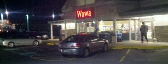 Wawa is one of Locais curtidos por Monica.