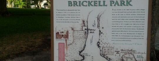 Brickell Park is one of Tempat yang Disukai Michael.