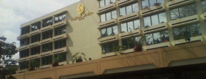 The Serena Nairobi Hotel is one of Emilio'nun Kaydettiği Mekanlar.
