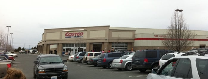Costco Wholesale is one of John 님이 좋아한 장소.