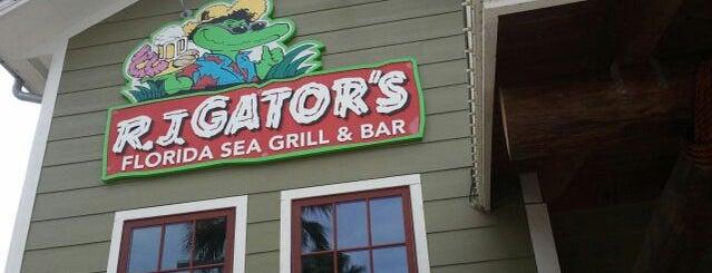 RJ Gator's Florida Sea Grill & Bar is one of Tempat yang Disimpan Lizzie.