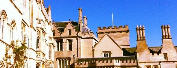 Pembroke College is one of London Favorites.