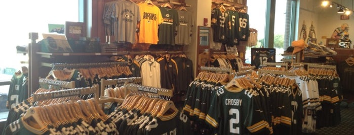 Packers Pro Shop is one of Rachelさんのお気に入りスポット.
