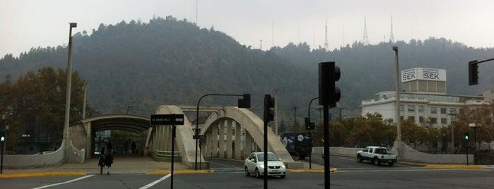 Puente del Arzobispo is one of Lugares, plazas y barrios de Santiago de Chile.