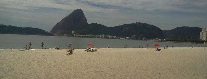 Praia do Flamengo is one of Passeios.