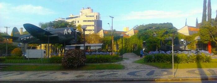 Praça do Expedicionário is one of Feiras livres de Curitiba.