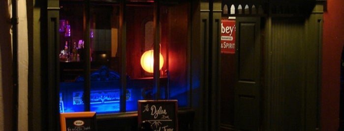 The Dylan Whisky Bar is one of Cam 님이 좋아한 장소.