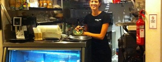 Acqua&Farinha Pizzería is one of Posti che sono piaciuti a Gabi.