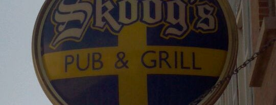Skoogs Pub & Grill is one of Orte, die Matt gefallen.