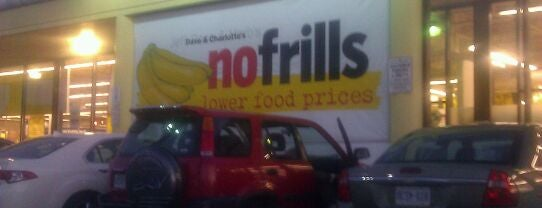 Dave & Charlotte's No Frills is one of Lugares favoritos de Ethan.
