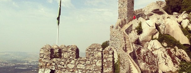 Castelo dos Mouros is one of Top photography spots.