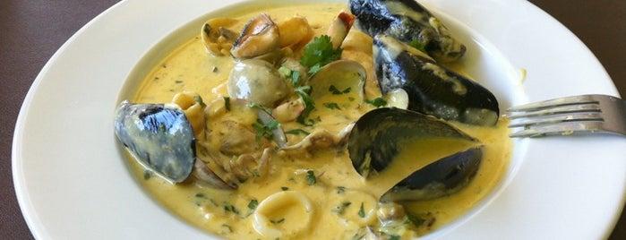 Los Balcones del Peru is one of Best Restaurants in Hollywood.