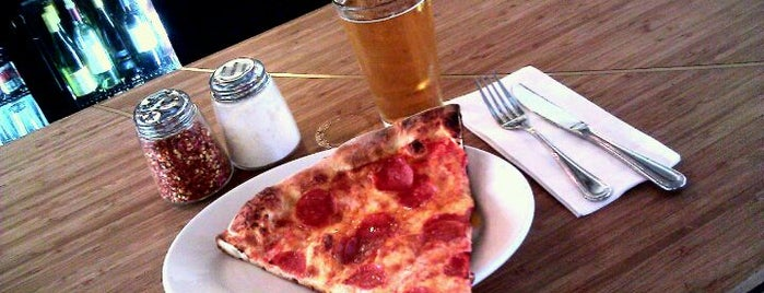 Howie's Artisan Pizza is one of City: San Fracisco, CA.