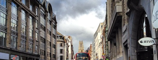 Fleet Street is one of Spring Famous London Story.