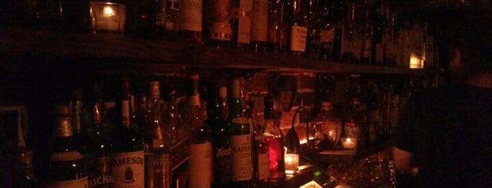 Bathtub Gin & Co. is one of Boozin'.