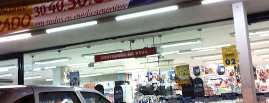Farmácia Pague Menos is one of Karol 님이 좋아한 장소.