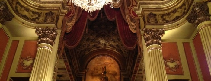 Los Angeles Theatre is one of All Places.